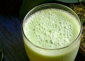 Green Smoothie Recipe #2: Pineapple Broccoli Smoothie Recipe